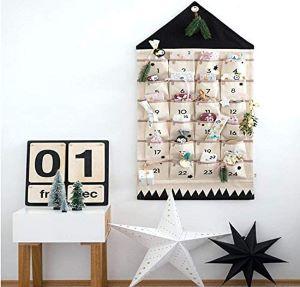calendrier de l'avent mural forme de maison