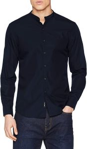 chemise bleu marine portée homme