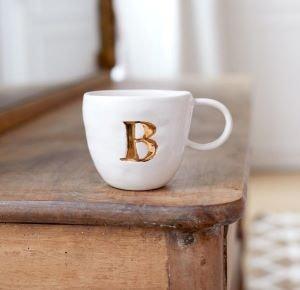 mug lettre - Beaux Cadeaux