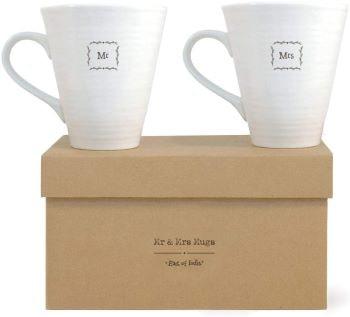 couple de mug dans boite cadeau